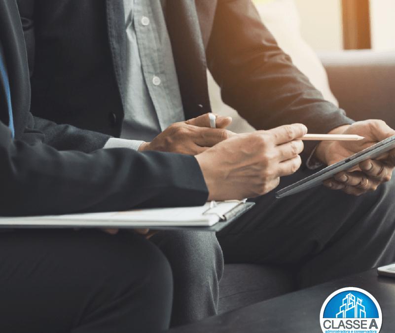 O que verificar para contratar uma administradora de condomínios?